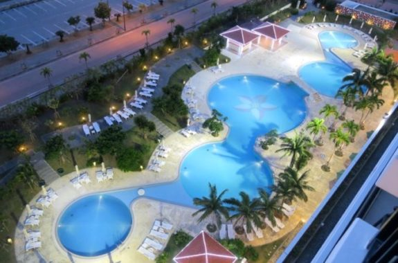 & サザン 沖縄 リゾート ホテル ビーチ